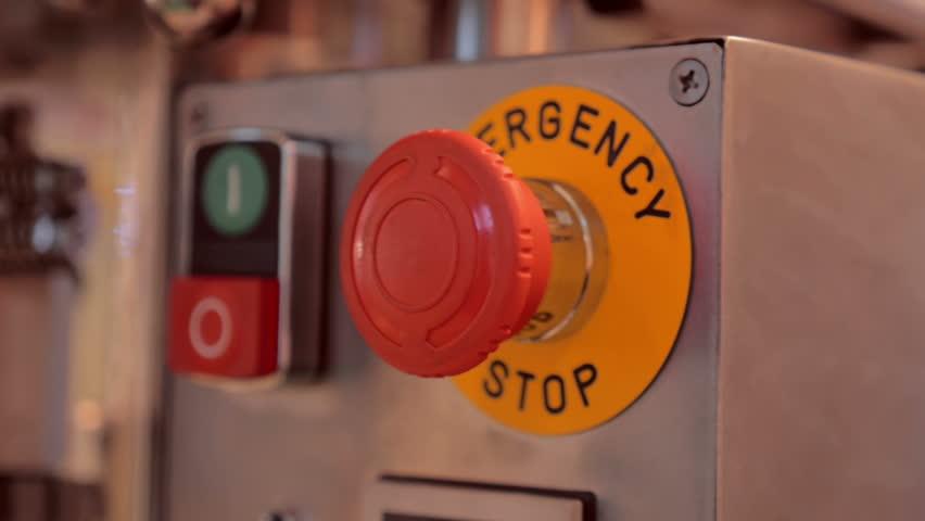 https://www.google.nl/search?dcr=0&biw=1920&bih=1006&tbm=isch&sa=1&ei=PxwAWs3gOsa7aY3LvdAG&q=emergency+button&oq=emergency+button&gs_l=psy-ab.3..0l10.2167.4677.0.4802.16.16.0.0.0.0.89.1016.16.16.0....0...1.1.64.psy-ab..0.16.1012...0i67k1.0.3K5kmImgozw#imgrc=fxo8UdFyiZMaqM: